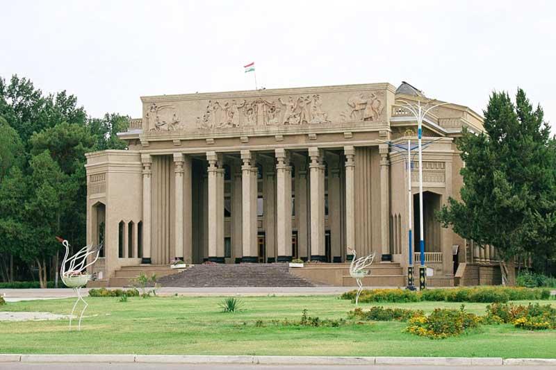 teatr kamola khudjandi 1