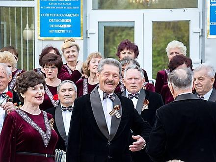 Концерт хора ветеранов города Петропавловска, Казахстан, 7 мая 2016 года