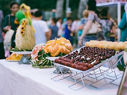 Праздник абрикоса в Худжанде, Таджикистан, июнь 2016 г.
